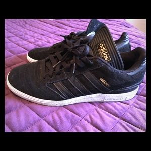 Men's Adidas Sneaker shoes